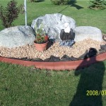 edging for lawns with rocks